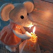 Наборы ручной работы. Ярмарка Мастеров - ручная работа Мышь со свечкой Сыр игрушка вязаная крючком Свеча Новогодний сувенир. Handmade.