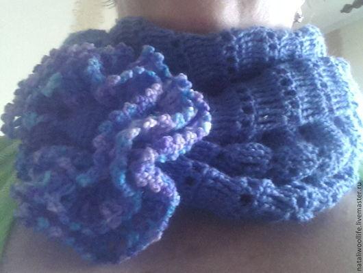 Шарфы и шарфики ручной работы. Ярмарка Мастеров - ручная работа. Купить Снуд синий с цветком. Handmade. Снуд синий с цветком