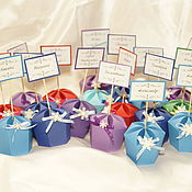 Подарки к праздникам ручной работы. Ярмарка Мастеров - ручная работа Бонбоньерки и рассадочные карточки 2 в 1. Handmade.