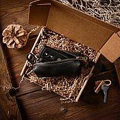 Ключницы ручной работы. Ярмарка Мастеров - ручная работа Ключница из натуральной кожи OLD SCHOOL черного цвета. Handmade.