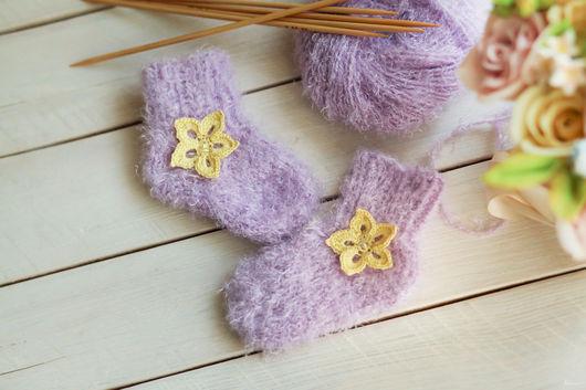 """Носки, Чулки ручной работы. Ярмарка Мастеров - ручная работа. Купить Детские носочки """"Теплая нежность"""". Handmade. Сиреневый, цветочек"""