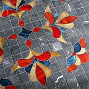 """Для дома и интерьера ручной работы. Ярмарка Мастеров - ручная работа """"Королевские лилии на сером"""" стол с мозаикой. Handmade."""