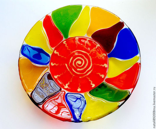 """Тарелки ручной работы. Ярмарка Мастеров - ручная работа. Купить Тарелка """"Солнечное настроение"""" из стекла. Фьюзинг. Handmade. Разноцветный, яркий"""