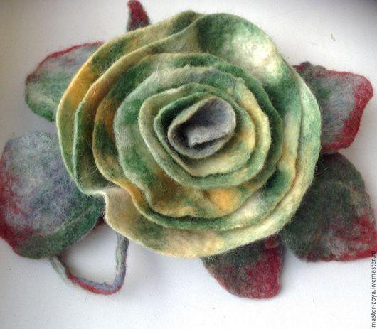 """Броши ручной работы. Ярмарка Мастеров - ручная работа. Купить Валяная брошь """"Green rose"""". Handmade. Зеленый"""