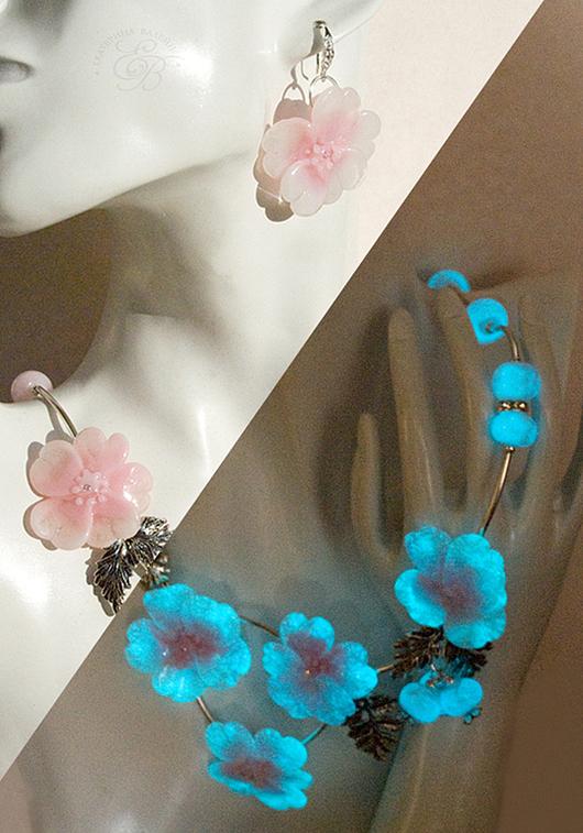 """Комплекты украшений ручной работы. Ярмарка Мастеров - ручная работа. Купить """"Поздние цветы"""": светящиеся колье и серьги. Handmade."""