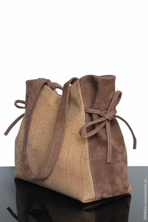 Женские сумки ручной работы. Ярмарка Мастеров - ручная работа. Купить Сумка замшевая, бежевый, замша, мягкая сумка, тиснение. Handmade.