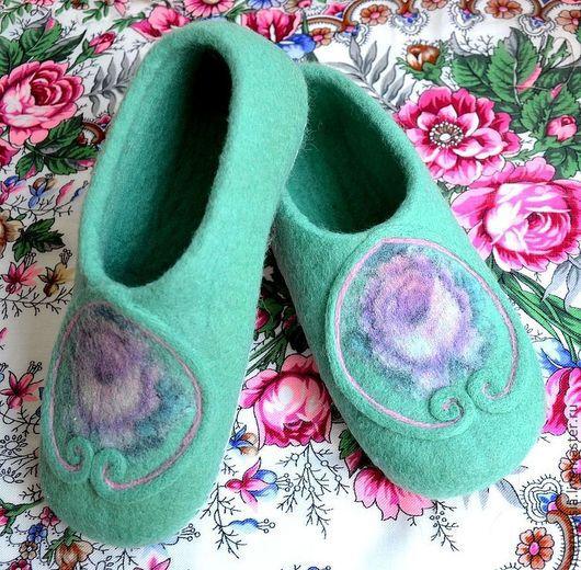 """Обувь ручной работы. Ярмарка Мастеров - ручная работа. Купить тапочки """" бирюза """". Handmade. Валяние, тапочки валяные"""