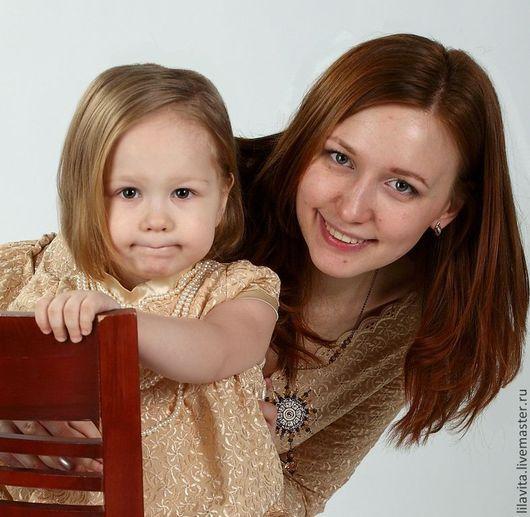 Дочка всегда комплимент для матери. А как приятно порадовать папи семейным девичьим look-ом!