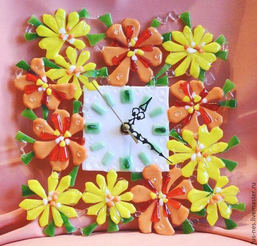 Часы для дома ручной работы. Ярмарка Мастеров - ручная работа. Купить В ожидании весны Фьюзинг. Handmade. Рыжий