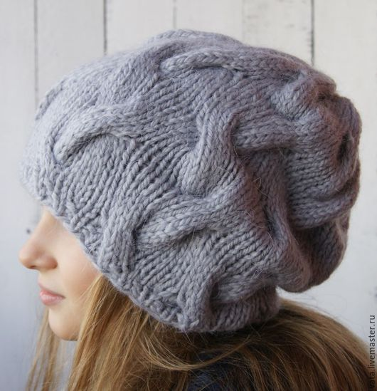 шапка вязаная с косами, теплая вязаная шапка на осень, вязаная шапка спицами, шапка вязаная серая, стильная вязаная шапка, шапка объемная
