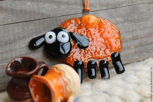 Новый год 2017 ручной работы. Ярмарка Мастеров - ручная работа. Купить Овца. Фьюзинг.. Handmade. Новогодний подарок, к празднику