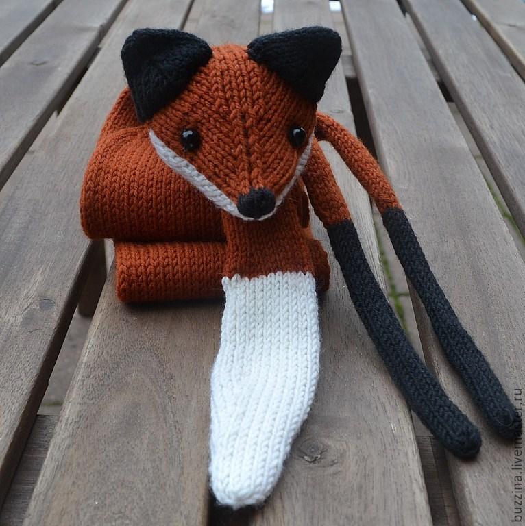 Вязанный шарф лиса