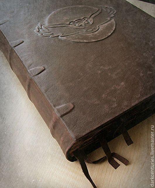 Ежедневники ручной работы. Ярмарка Мастеров - ручная работа. Купить Книга фолиант в коже. Старинная книга. Дневник вампира.Книга теней. Handmade.