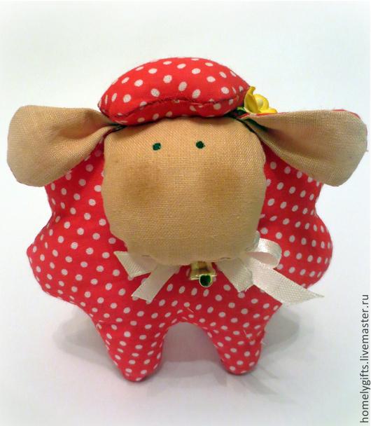 Куклы Тильды ручной работы. Ярмарка Мастеров - ручная работа. Купить Овечка Горошинка. Handmade. Ярко-красный, овечка в подарок