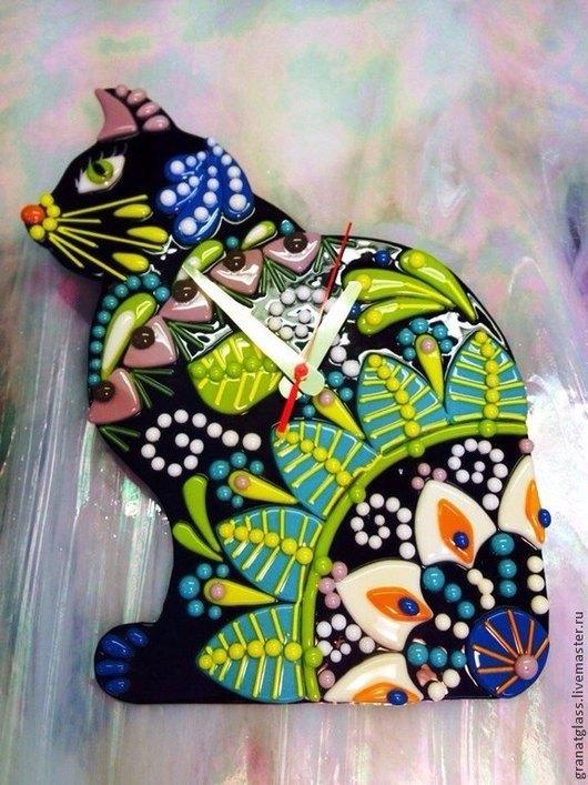 Часы для дома ручной работы. Ярмарка Мастеров - ручная работа. Купить Кустодиевская кошка. Handmade. Кошка в подарок, Фьюзинг