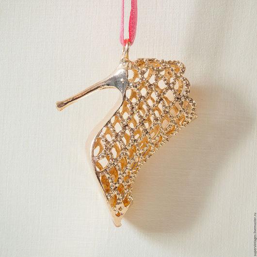 Для украшений ручной работы. Ярмарка Мастеров - ручная работа. Купить брелок Изящная туфелька, брелок на сумку. Handmade.