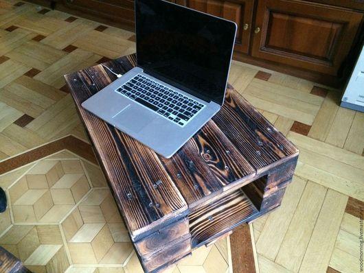 Журнальный стол из паллет / из поддонов от мастерской WoodMorning!  Возможны любые цвета и разные размеры.