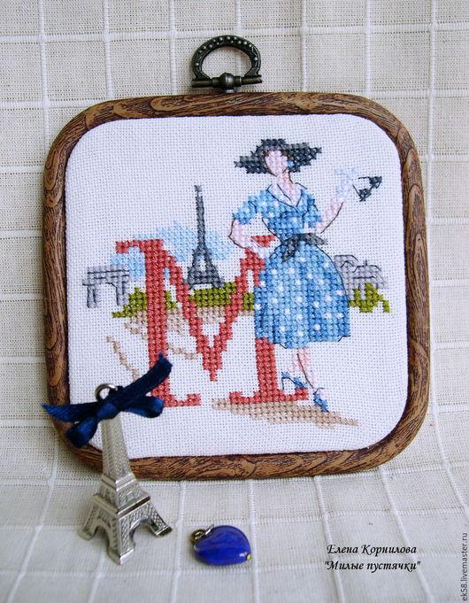 """Люди, ручной работы. Ярмарка Мастеров - ручная работа. Купить Вышитая миниатюра """"Parisien"""". Handmade. Синий, платье в горошек"""