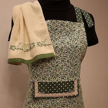 """Текстиль ручной работы. Ярмарка Мастеров - ручная работа Фартук  с полотенцем  """"Изумруд"""". Handmade."""