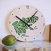 """Для дома и интерьера ручной работы. Ярмарка Мастеров - ручная работа Настенные часы из дерева """"Лягушка"""". Handmade."""