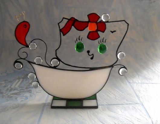 Элементы интерьера ручной работы. Ярмарка Мастеров - ручная работа. Купить Стеклянный котенок и Золотая рыбка. Handmade. Белый, котенок
