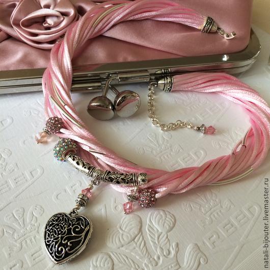 """Колье, бусы ручной работы. Ярмарка Мастеров - ручная работа. Купить Колье на шелковых шнурах """"Розовый фламинго"""". Handmade. сердечко"""
