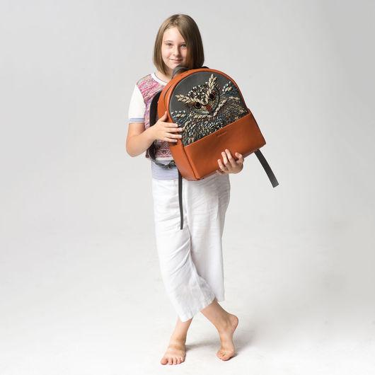 """Рюкзаки ручной работы. Ярмарка Мастеров - ручная работа. Купить """"Сова"""", вышитый яркий кожаный рюкзак.. Handmade. Рюкзак женский"""