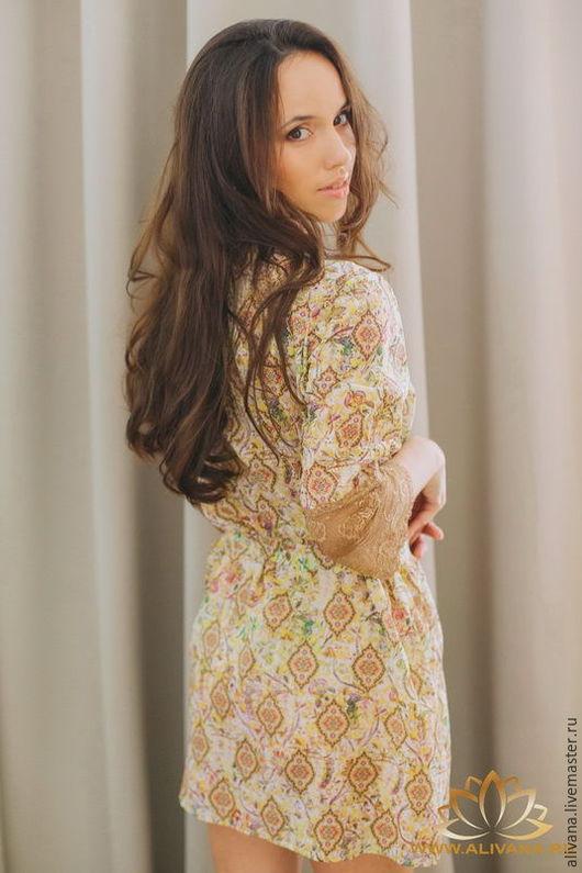 Элегантный и манящий халат — современная версия стильной домашней одежды.