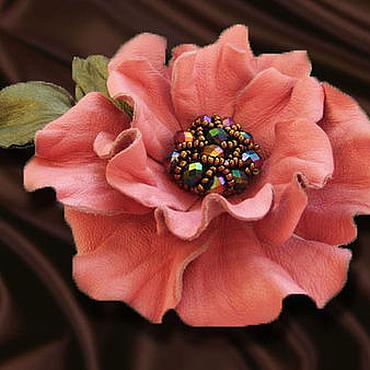 Украшения ручной работы. Ярмарка Мастеров - ручная работа Цветы из кожи. Украшение брошь заколка ROSE MAGIC.розовый цветок. Handmade.