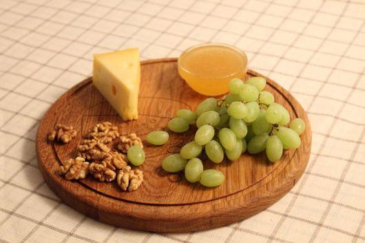 Кухня ручной работы. Ярмарка Мастеров - ручная работа. Купить Сервировочная доска деревянная для подачи сыра. Handmade. Сервировочная доска