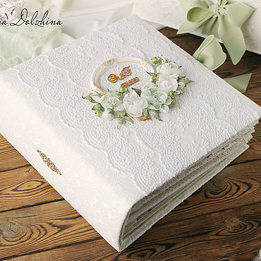 """Свадебный салон ручной работы. Ярмарка Мастеров - ручная работа Свадебный альбом """"Wedding green"""" в коробке белый кружево. Handmade."""