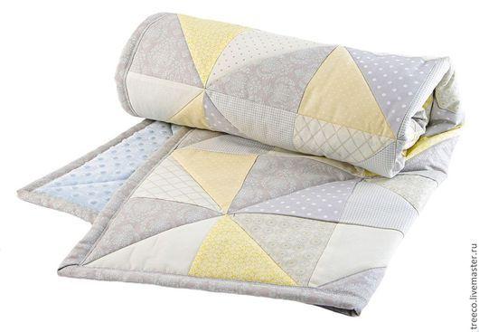 Детская ручной работы. Ярмарка Мастеров - ручная работа. Купить Детское лоскутное одеяло с плюшем. Handmade. Голубой, лоскутное покрывало