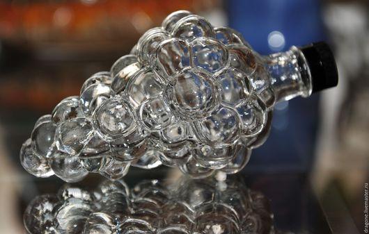 Винтажные предметы интерьера. Ярмарка Мастеров - ручная работа. Купить BOFILL - стеклянная  бутылочка ликера в форме виноградной грозди. Handmade.