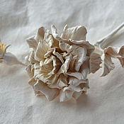 Украшения ручной работы. Ярмарка Мастеров - ручная работа Скульптурные цветы из кожи Брошь Montblanc. Handmade.