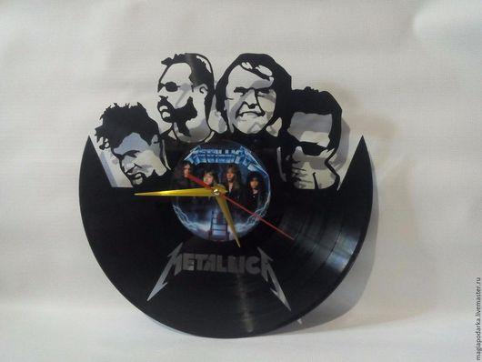"""Часы для дома ручной работы. Ярмарка Мастеров - ручная работа. Купить Часы из виниловой пластинки """"Metallica"""". Handmade. Черный, винил"""