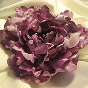 Украшения ручной работы. Ярмарка Мастеров - ручная работа Стилизованный цветок-украшение-брошь в сиреневых тонах. Handmade.
