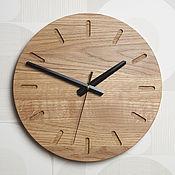 Часы классические ручной работы. Ярмарка Мастеров - ручная работа Настенные часы из дуба (№2). Handmade.