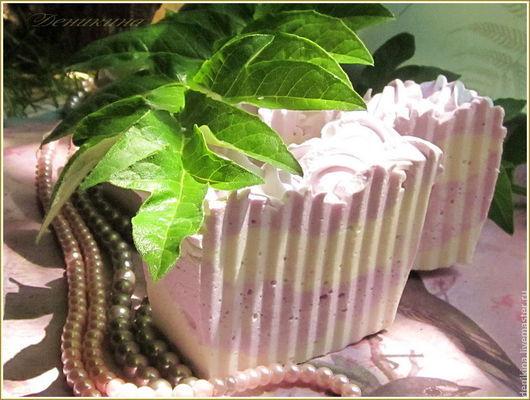 """Мыло ручной работы. Ярмарка Мастеров - ручная работа. Купить """"Лавандовый ветерок"""", взбитое шелковое мыло с ментолом и лавандой. Handmade."""