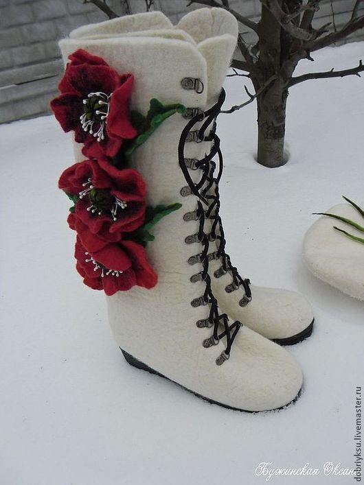 """Обувь ручной работы. Ярмарка Мастеров - ручная работа. Купить валенки """"Маковый букет"""". Handmade. Белый, обувь ручной работы"""