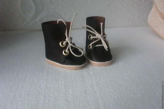 Одежда для кукол ручной работы. Ярмарка Мастеров - ручная работа. Купить Ботиночки высокие с отворотом. Handmade. Коричневый, обувь для кукол