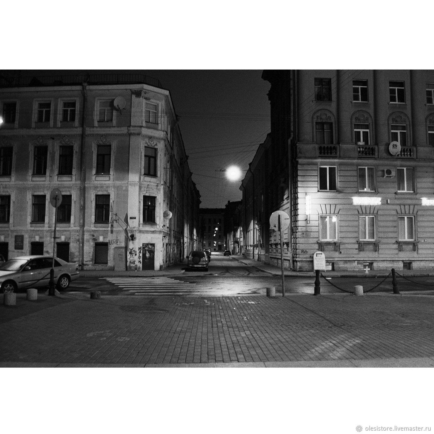 Фото-работы ручной работы. Ярмарка Мастеров - ручная работа. Купить Чёрно-белая фотография. Питер ночью. Handmade. Город