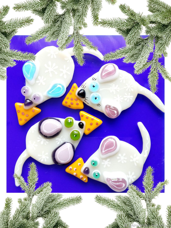 Стеклянный магнит белая мышка с сыром,фьюзинг, цена за 1 шт, Магниты, Хабаровск,  Фото №1