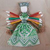 """Народная кукла ручной работы. Ярмарка Мастеров - ручная работа Обереговая кукла помощница  """"Десятиручка"""". Handmade."""