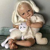 Комплект из шарфа и шапки ручной работы. Ярмарка Мастеров - ручная работа Шапочка овечка и игрушка овечка Аксессуары для фотосессии Newbornprops. Handmade.