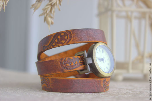 """Часы ручной работы. Ярмарка Мастеров - ручная работа. Купить Часы на кожаном ремешке """"Пейсли"""". Handmade. Рыжий, узор пейсли"""