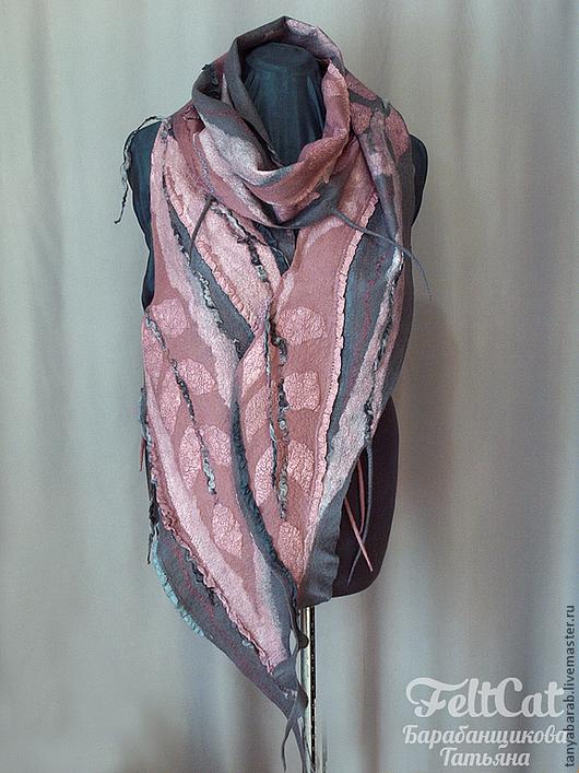 """Шарфы и шарфики ручной работы. Ярмарка Мастеров - ручная работа. Купить IШарф """"Серо-розовый"""" войлок. Handmade. Серо-розовый"""