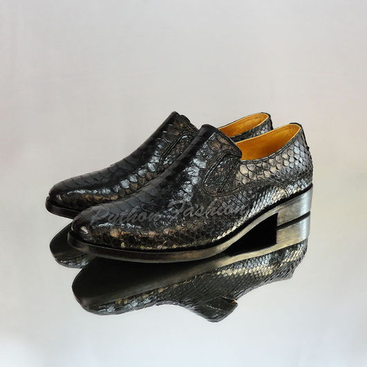 Туфли из кожи питона. Классические мужские туфли из питона. Модные туфли из кожи питона. Стильная мужская обувь из питона. Мужские туфли ручной работы. Купить стильные туфли из питона. Туфли на заказ.