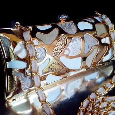 Сумки и аксессуары ручной работы. Ярмарка Мастеров - ручная работа Клатч золотой вечерний с металлический мозаикой. Handmade.