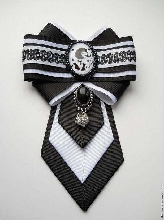 """Броши ручной работы. Ярмарка Мастеров - ручная работа. Купить Брошь-галстук""""Парижанка"""". Handmade. Чёрно-белый, винтажный стиль"""