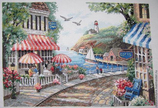 """Пейзаж ручной работы. Ярмарка Мастеров - ручная работа. Купить """"Приморское кафе"""". Handmade. Вышивка крестом, приморский город, набережная"""